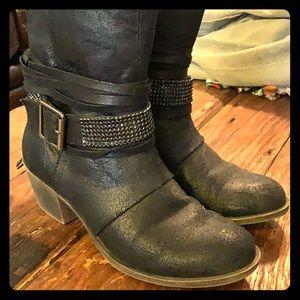 Cute, short boots